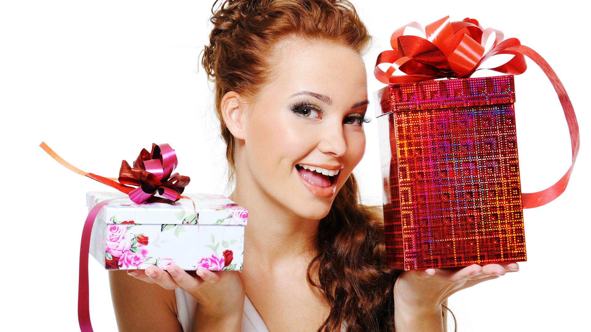 Где дарят подарки ко дню рождения 308