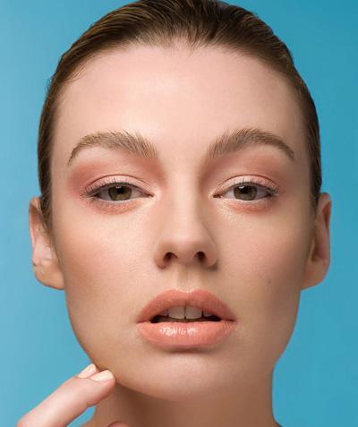Персиковый макияж