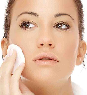 Як правильно доглядати за чутливою шкірою обличчя. Повсякденний догляд за  чутливою шкірою 40025583af0ae