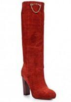Жіночі чоботи червоного кольору