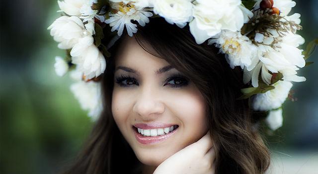 Красива українська дівчина